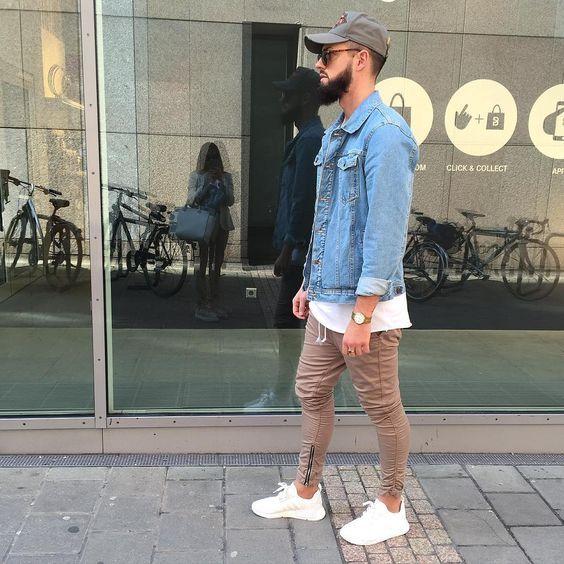 Jaqueta Jeans. Macho Moda - Blog de Moda Masculina: Jaqueta Jeans Masculina: Pra Inspirar e Onde Encontrar. Moda Masculina, Roupa de Homem, Moda para Homens. Calça Marrom Masculina, Boné Aba Curvada, Adidas Branco, Tênis Branco