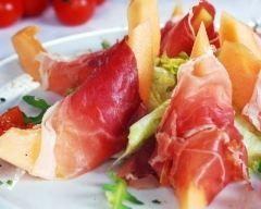 Salade de melon et jambon de Parme (facile, rapide) - Une recette CuisineAZ