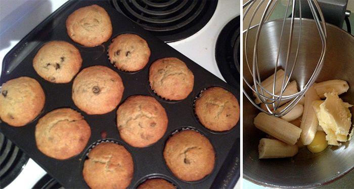 NapadyNavody.sk | Banánové muffinky - Príprava 5 minút 4 zrelé banány 1/2 šálky mäkkého masla 1 vajíčko 1/2 šálky cukru 1 a 1/2 šálky hladkej múky 1 čajová lyžička sódy bikarbóny  1 lyžička prášku do pečiva 1/2 lyžičky soli Mokré prísady (banány, vajíčko a maslo) vyšľaháme. Ďalšie suroviny zmiešame s banánovou hmotou, vymiešame. Teraz môžete pridať suroviny podľa chuti - čokoláda, sušené ovocie...Naplníme košíky (12 ks) a pečieme približne 30 min na 180 st.