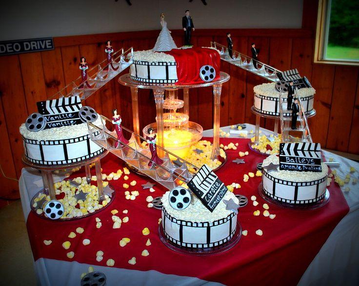 gteau mariage thme cinma avec fontaine Movie themed