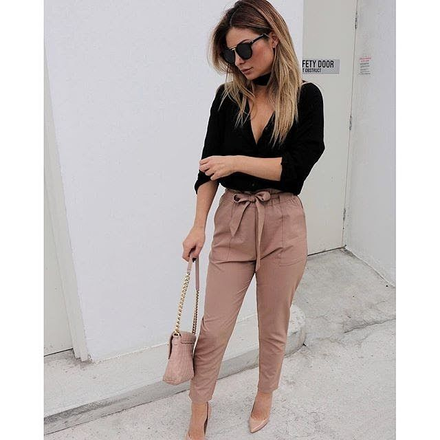 Love this look of @tulincoban killing it in our 'Work Up' pants Shop it now via …