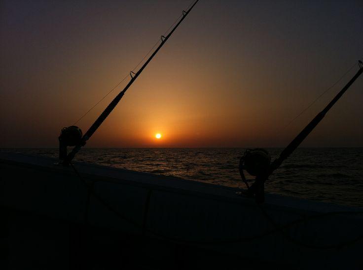 Puesta de Sol Mallorca Barcos Azules