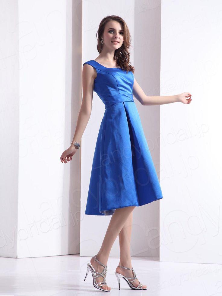 Aラインのスカートが若々しい印象♡ロイヤルブルーも上品。春夏ファッションのお呼ばれドレス参考♪