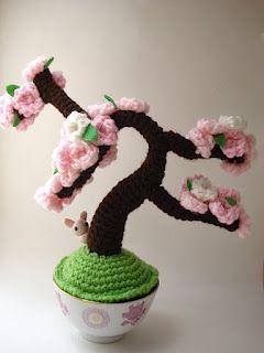 "Moon's Creations: ""Amigurumi Bonsai""...gorgeous!"