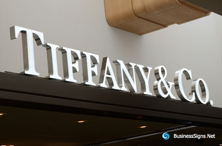 3D LED Front-lit Signs With Brushed Stainless Steel Letter Shell And 10mm Thickness Acrylic Front Panel For Tiffany & Co. If you need to custom signs like this, please click the image then fill out the form and tell us your needs now.