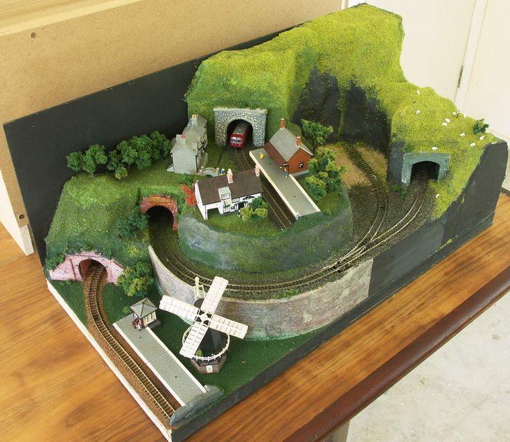 """Sea-Quarry"" N-scale Model Train Layout"