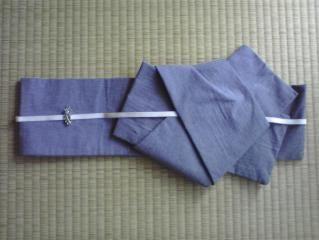 矢の字作り帯に三分紐