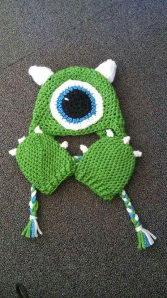 Crochet mike hat and mitten set