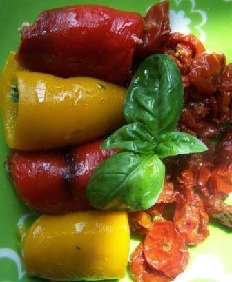 Peperoni arrotolati e pomodorini al forno - Rolls pepper and baked cherry tomatoes - @foodbookscrafts