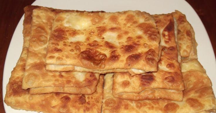 """Όποιο menu κι αν κοιτάξετε στα εστιατόρια όλης της Εύβοιας,  στα """"ορεκτικά"""", θα βρείτε το τυροπιτάρι.  Η παραδοσιακή τηγανητή τυρ..."""