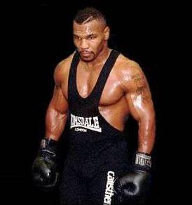 全盛期には週7日の練習をこなしていたという、練習量も驚異のボクサー マイク・タイソン