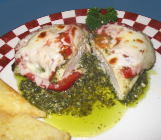 Baked chicken, pesto & tomato & mozarella cheese.