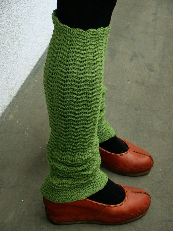 Green Zigzac Leg Warmers Merino blend by deliriumkredens on Etsy, $31.00