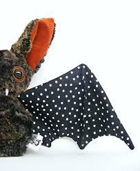 Znalezione obrazy dla zapytania bat lady stump