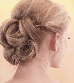 updo. maybe my hair will be long enough by December to do this for the ball!