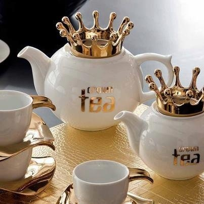 """We love this! It would fit in perfectly at the """"Palace""""! #Teapot"""