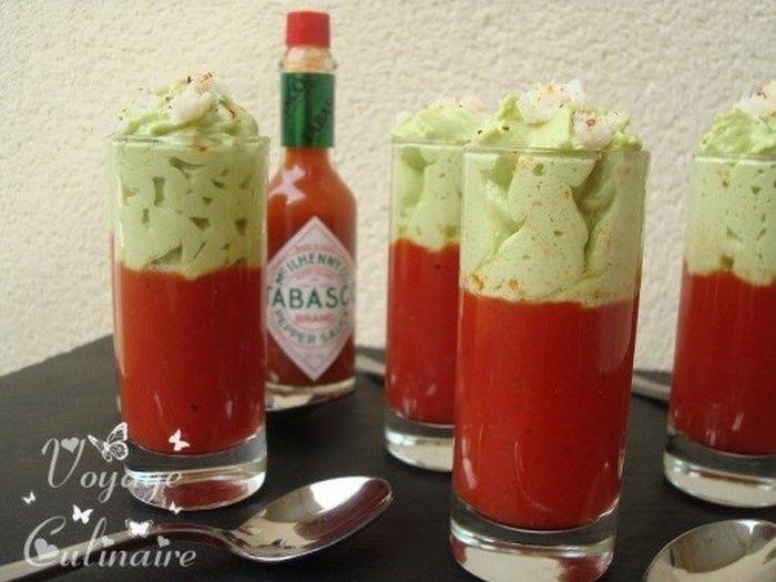 Bonjour, on commence cette nouvelle semaine avec une entrée à base de Tabasco®. On utilise le plus souvent cette sauce en condiment (quelques gouttes sur un chili, dans un guacamole) mais je voulais vous montrer qu'on pouvait aussi s'en servir comme ingrédients...