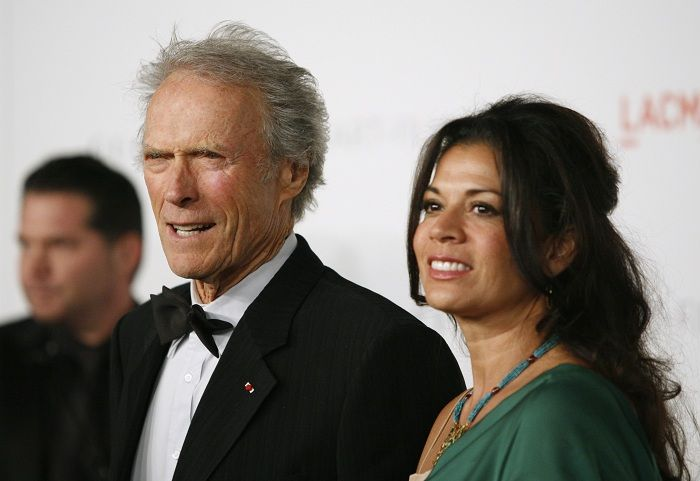 Clint Eastwood, Dina Eastwood Finalize Divorce After 18 Years of Marriage http://www.hngn.com/articles/54243/20141224/clint-dina-eastwood-finalize-divorce-18-years-marriage.htm