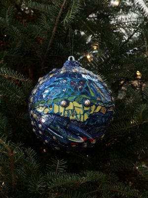 Maryland Congressman John Sarbanes selected artist Patty Kuzbida to decorate the 3rd District's ornament for the 2008 White House Christmas Tree.