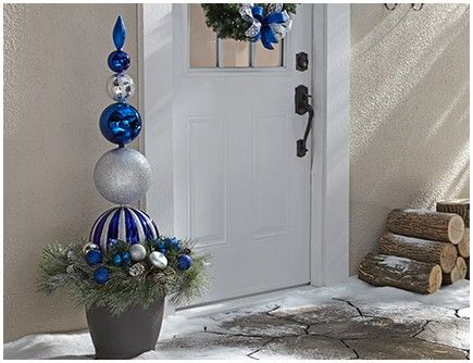 Celebrate a True, Blue Christmas | Canadian Tire http://www.canadiantire.ca/inspiration/en/seasonal/christmas/canvas/celebrate-a-true--blue-christmas.html