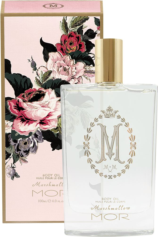 With moisturising Macadamia Wheat Germ Oils, the Marshmallow Body Oil is the ultimate in hydration. This light oil, infused with Mango Peach Extracts, is easily absorbed to deliver moisture and renewed radiance while delicately scenting the skin. Opening the packaging reveals a glass vessel with an applied gold decal, finished off with a gold cap to match.