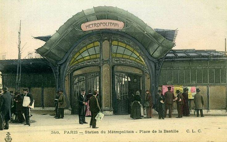 place de la Bastille - Paris 4ème/11ème/12ème Le superbe édicule Art nouveau - grand format - par Hector Guimard de la place de la Bastille, vers 1900. L'ouvrage a été détruit en 1962...