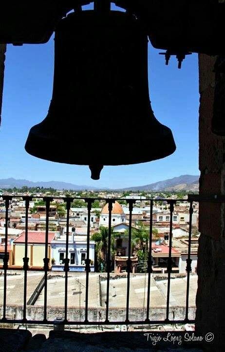 Campanario de la Parroquia de Santo Santiago Apostol, Ameca Jalisco