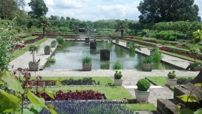 Kensington Palace Garden.  How can I get the hubby to create this in our back yard?