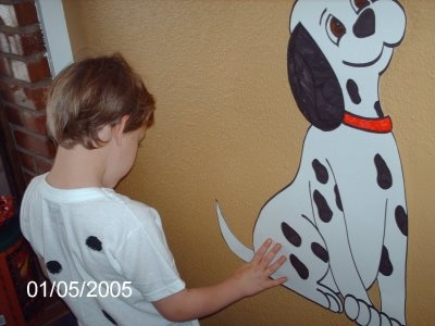 pin the tail on the dalmatian/ or do a pin the spot on oddball! That would be adorable too!