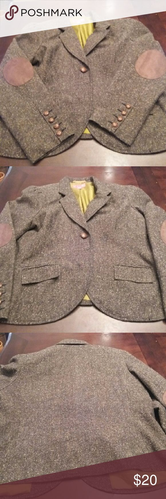 Gorgeous blazer Tweed style blazer with elbow patches.  Great paired with slacks for work or to dress up a pair of jeans.   Maternity size XL Jackets & Coats Blazers