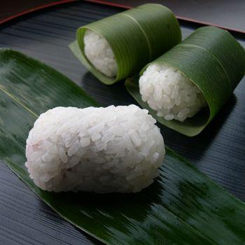 季節限定和菓子「笹巻き道明寺」。 : 和菓子屋さんのひとりごと。