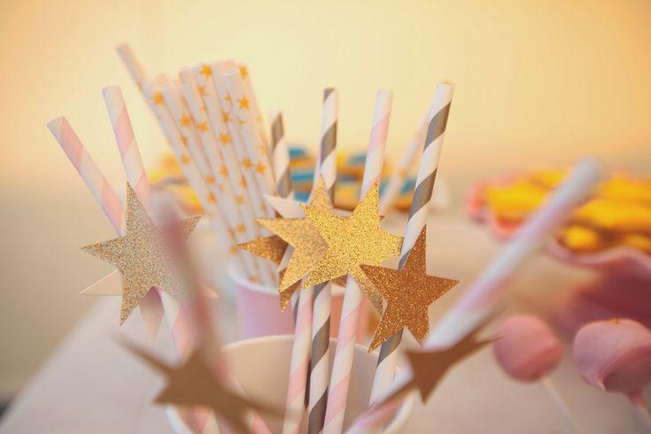 Pajitas con estrellas !!!! Fiesta de princesas !!! Fuente : Alice's adventure in wonderland