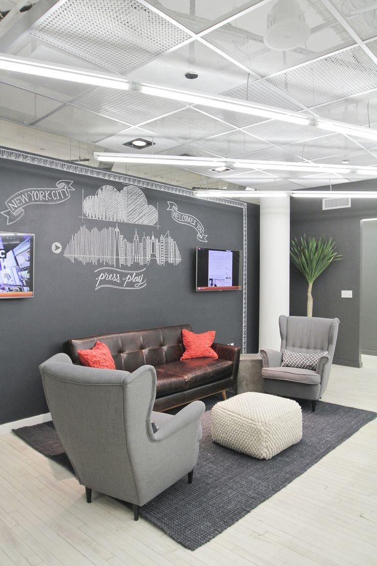 25 best ideas about office reception area on pinterest for Corporate office decorating ideas