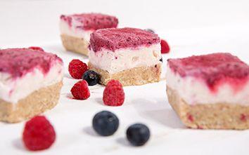Frozen Berry Yogurt Bars