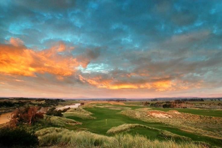 Tasmania, Australia's island state is renown for its untouched wilderness, pristine coastline, cool climate wines and fresh local produce. On the north East coast of Tasmania lies a hidden gem and one of the world's top Links golf courses, Barnbougle Dunes.