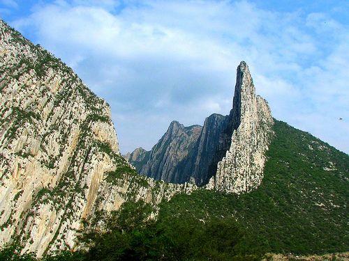 Cañón de La Huasteca.