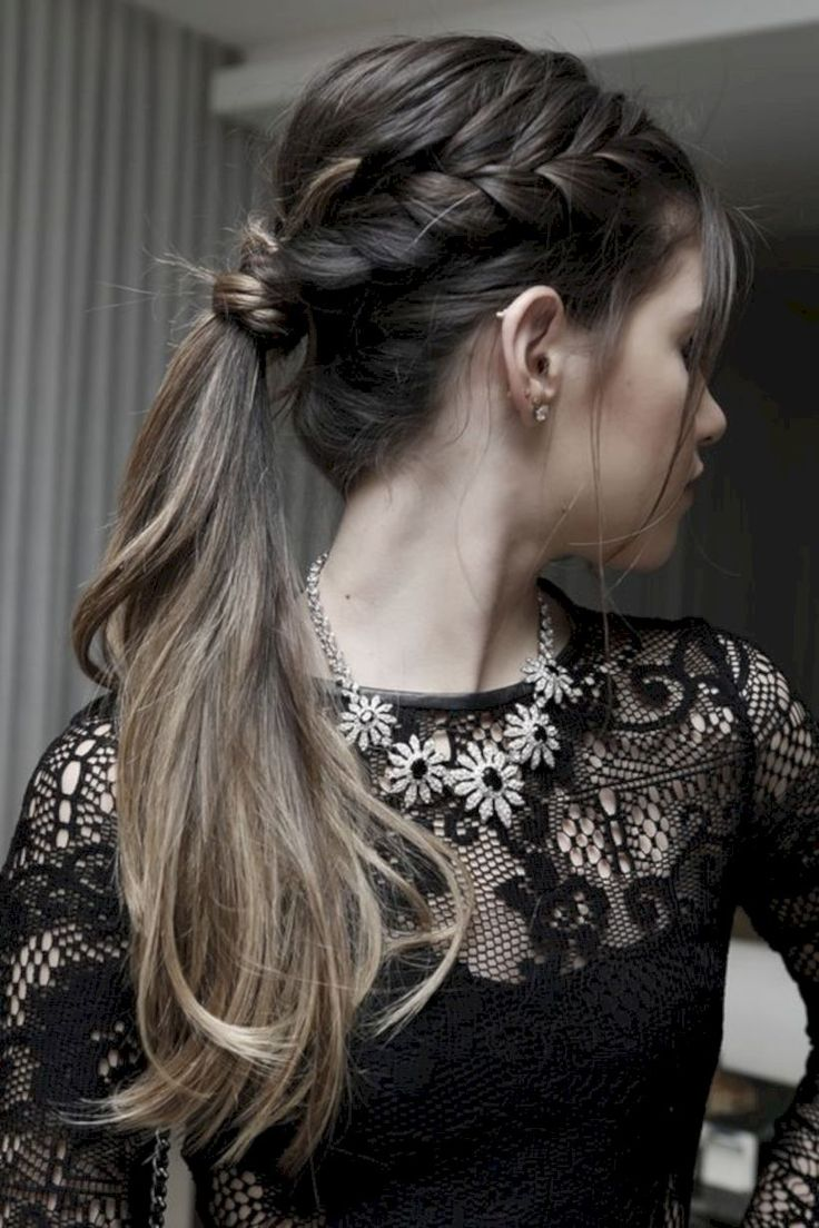 43 Cute Holiday Hairstyles Perfect for New Years Party #Outfit  https://seasonoutfit.com/2018/01/20/43-cute-holiday-hairstyles-perfect-new-years-party/
