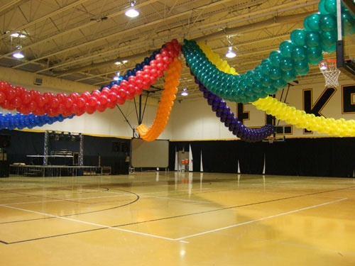 115 best images about balloon decor ideas on pinterest for Balloon dance floor decoration