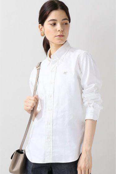 scyeオックスB.Dシャツ  scyeオックスB.Dシャツ 19440 2016AW IENA Scyeサイ クラシカルな英国トラッドをコンテンポラリーな解釈で再構築することでクラシックとモダンを融合させた新しいスタイルを提案 表層的なデザインのみならず服の本質ともいえる素材カッティング内部構造にも配慮したアナトミカルな服作りを特徴としクオリティーの高い服作りを目指すブランドです こちらの商品はIENAでの取り扱いになります 直接店舗へお問い合わせの際はIENA店舗へお願い致します モデルサイズ:身長:170cm バスト:75cm ウェスト:60cm ヒップ:83cm 着用サイズ:フリー