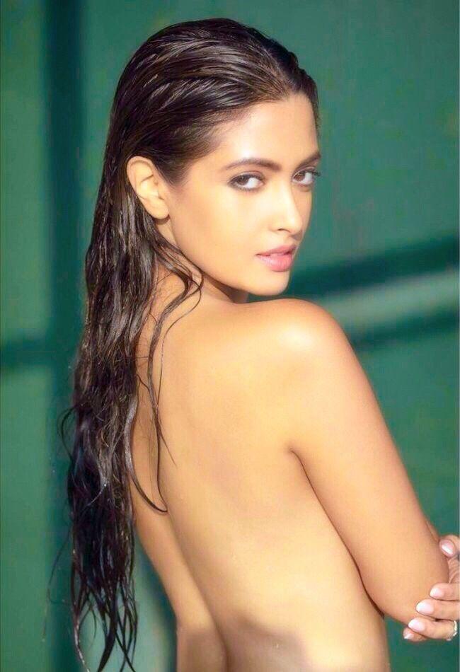 Sexy Bollywood  Riya Sen In 2019  Bollywood, Sexy -5509