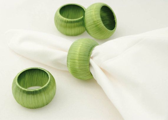 4 Pale Green Napkin Rings, Green Serviette Holders