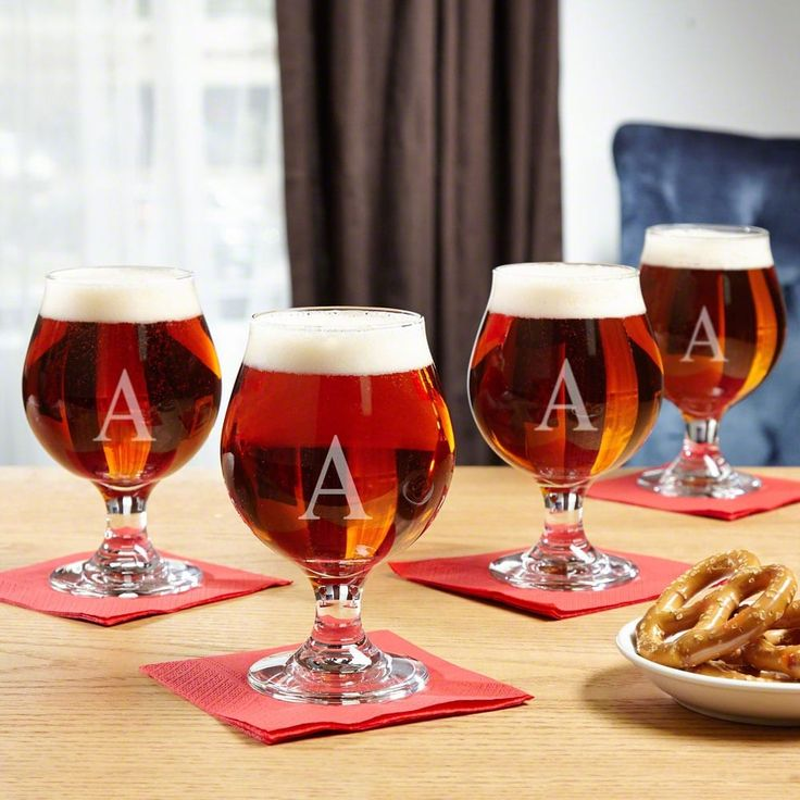 Classic Personalized Beer Snifter Set of 4 (Clear/R) (Glass)