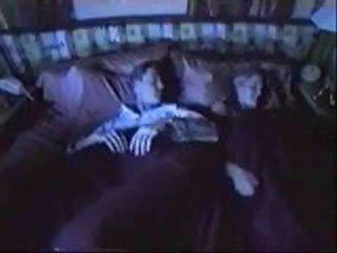 Pet au lit