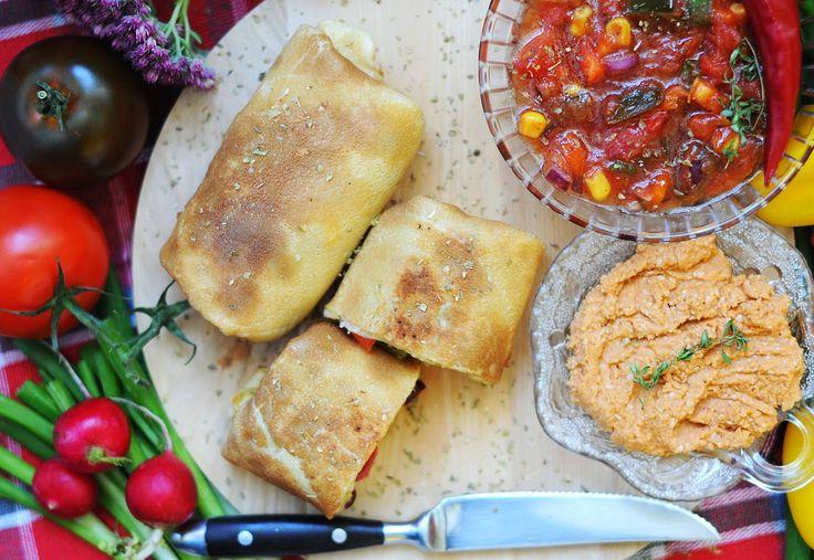 Vegetanie - wegetariańskie przepisy, tanie i szybkie dania domowe, warzywa w kuchni: Warzywne burrito, czyli lekki powiew Meksyku :)