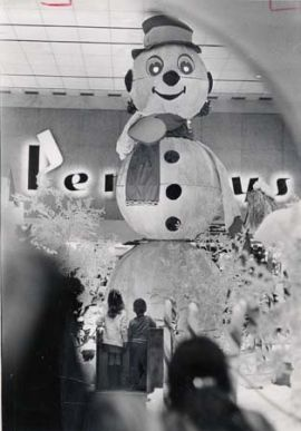 Archie the (talking) Snowman in Chapel Hill Mall in Akron, Ohio...we went to see him every Christmas !