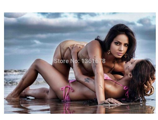 Lesbians free Nude Photos 76