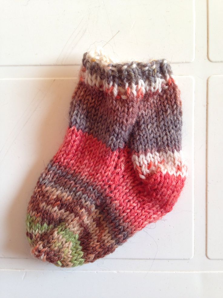 Taller mini calcetín. Aprende a tejer calcetines en un solo día y 4 horas #tejer #opal #lana #knitting #socks