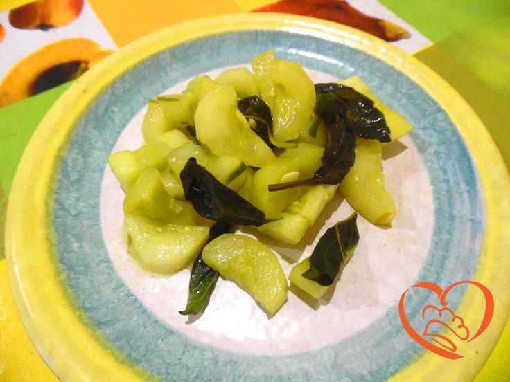 Cetrioli in padella http://www.cuocaperpassione.it/ricetta/763a1f4c-9f72-6375-b10c-ff0000780917/Cetrioli_in_padella