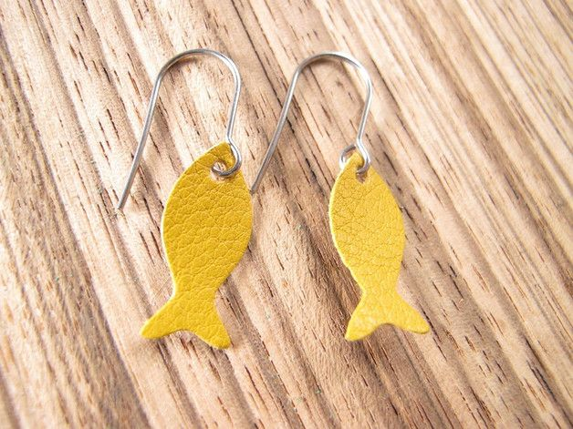 """Boucles d'oreilles en cuir, Boucles d'oreille """"poisson"""" en cuir j... est une création orginale de Mandilo sur DaWanda"""