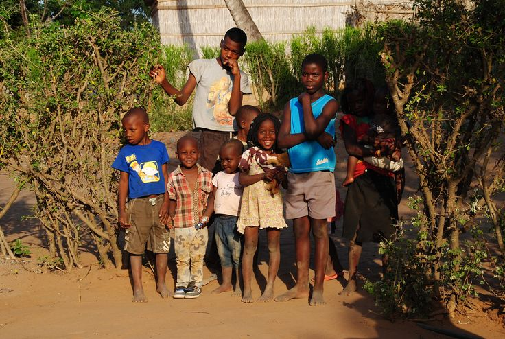 https://flic.kr/p/zLUXfs | Crianças | Maxixe | Moçambique